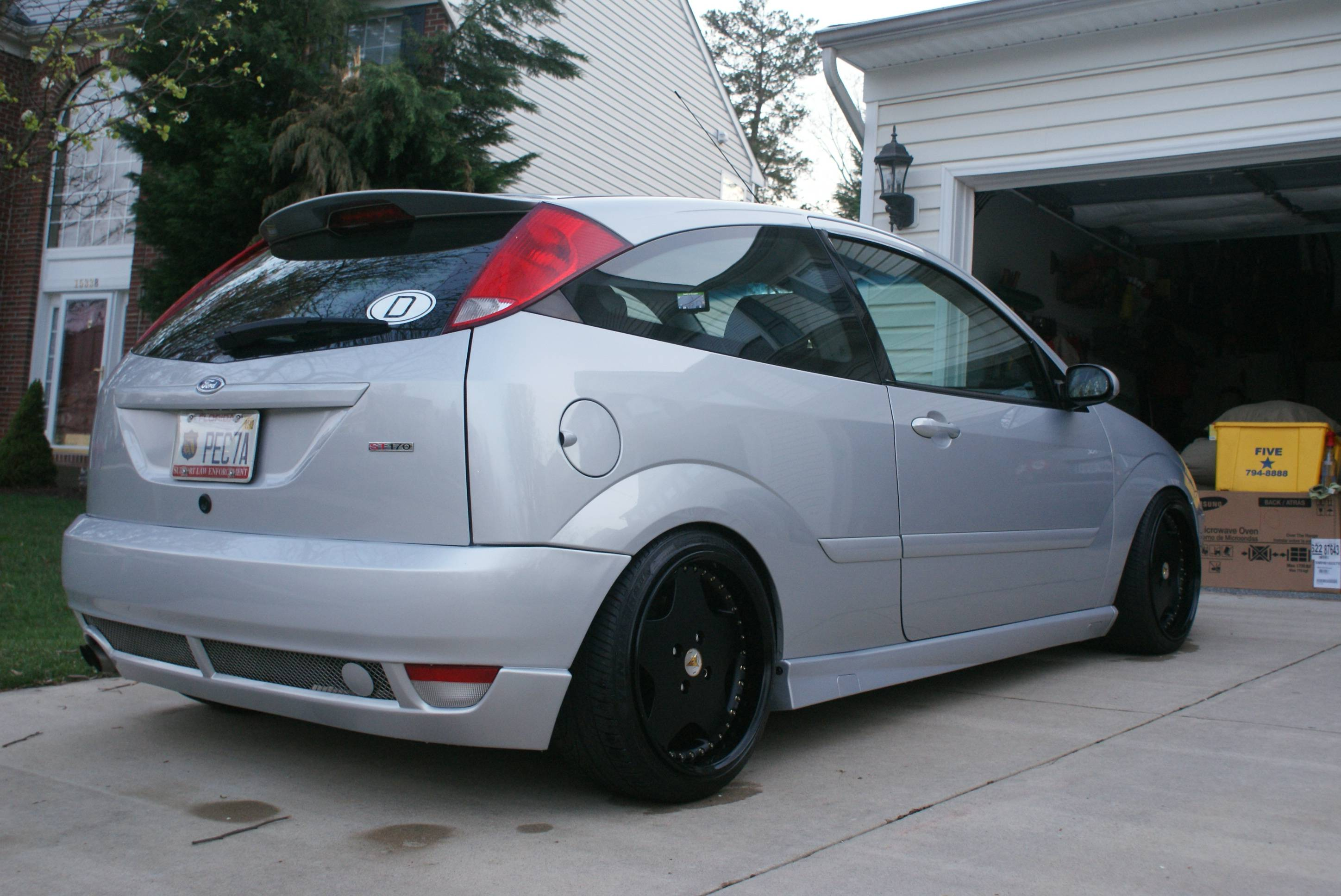 2001 Ford Focus Zx3 >> Let me see your SLAMMED/LOWERED Focus!... - Page 2 - Ford Focus Forum, Ford Focus ST Forum, Ford ...